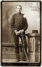 Thomson as a cadet (Institute of Military History (IMG), The Hague)